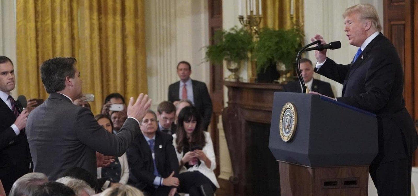 [Secretária de imprensa da Casa Branca é acusada de compartilhar vídeo manipulado]