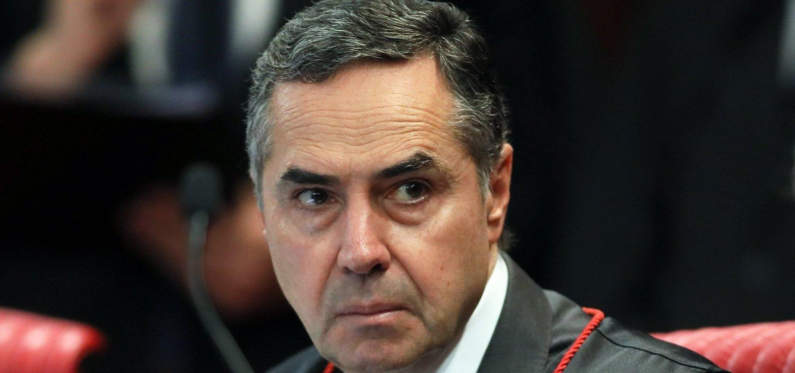 [Barroso determina que redes sociais respondam sobre disparos pró-Bolsonaro]