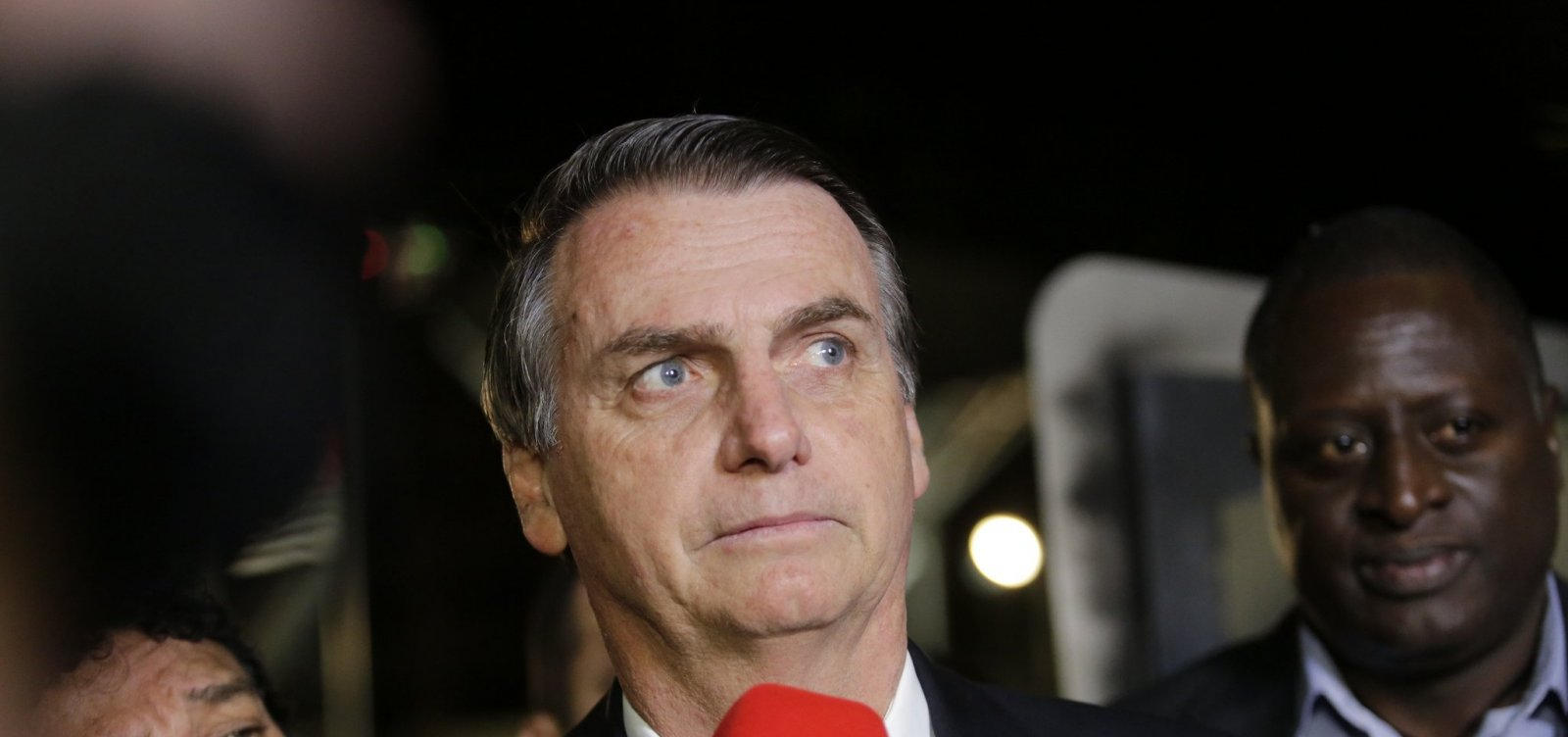 [Técnicos do TSE apontam 17 irregularidades em contas eleitorais de Bolsonaro]