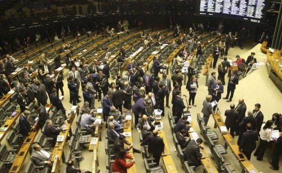 [Comissão do Senado aprova projeto que regulamenta trabalho insalubre de grávidas e lactantes]
