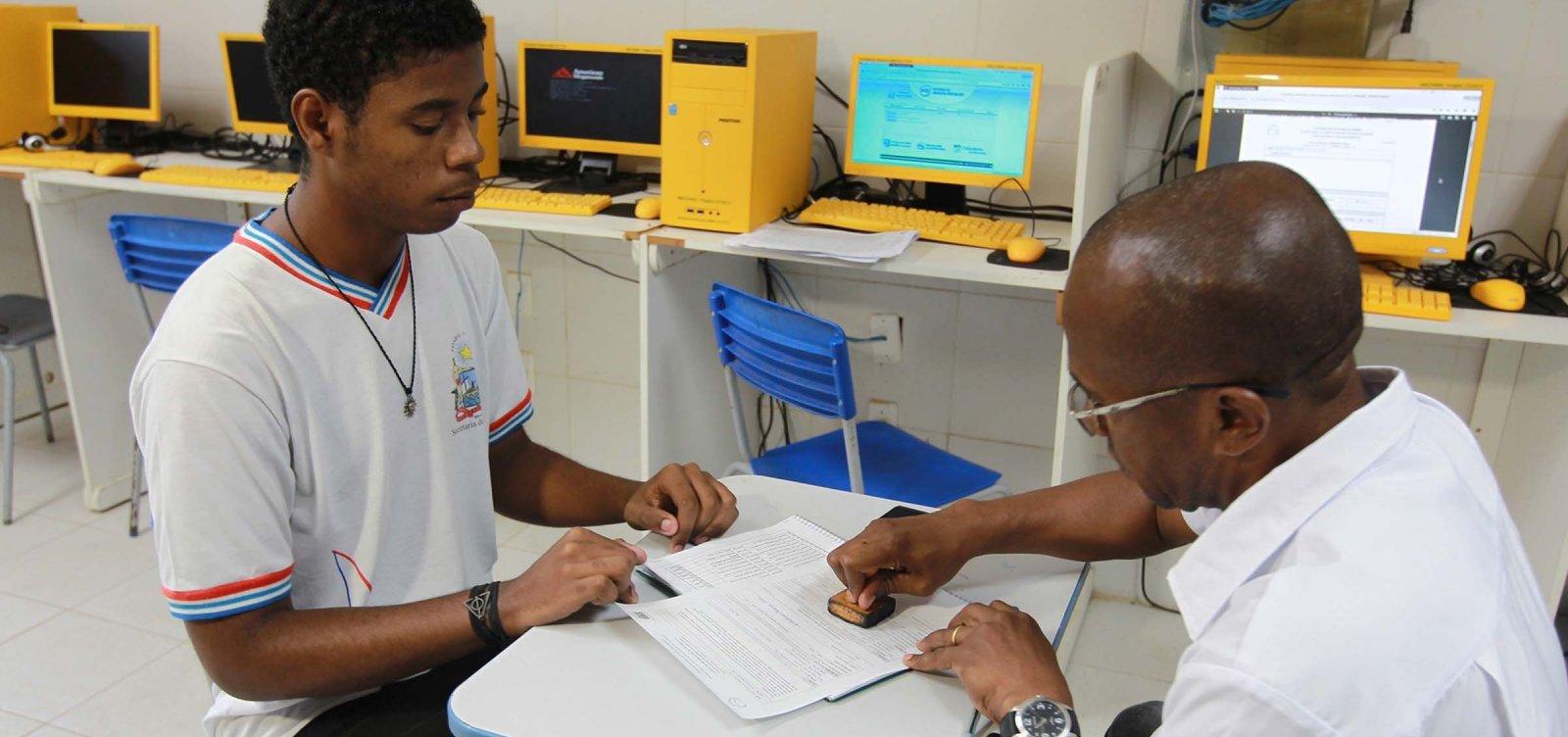 [Renovação de matrícula na rede estadual de ensino começa no dia 26 de novembro]