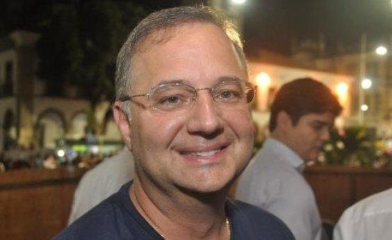 [Saída do Mais Médicos do país reflete grande perda na área da saúde para a Bahia, diz Sesab]