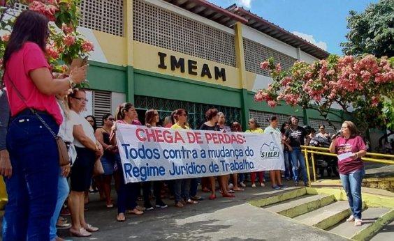 [Após mais de dois meses de greve, professores de Itabuna entram em acordo com prefeitura]