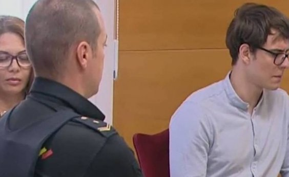 [Brasileiro que matou tios e primos na Espanha é condenado à prisão perpétua]