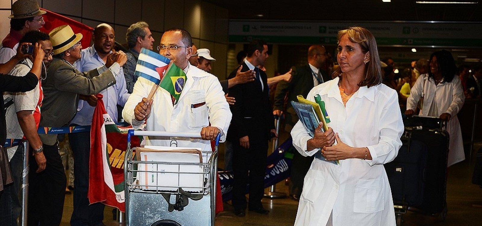 [Médicos cubanos começam a deixar o Brasil em até dez dias, diz Embaixada]
