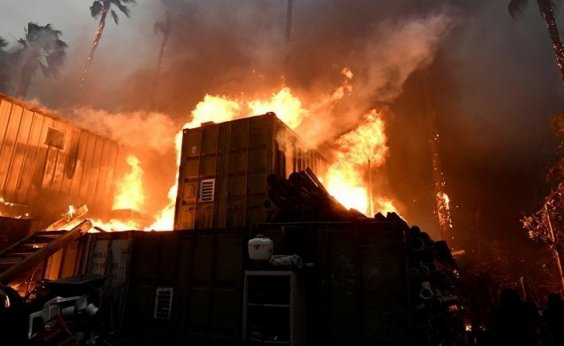[Sobe para 66 o número de mortos em incêndios na Califórnia]
