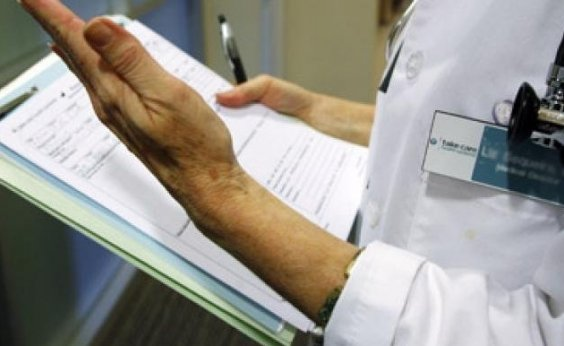 [Dez cidades baianas ficam sem atendimento na assistência básica com saída de médicos cubanos, diz Sesab]