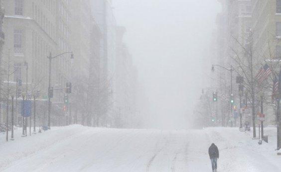 [Nevasca nos EUA já registra 8 mortes e 200 mil pessoas sem energia]
