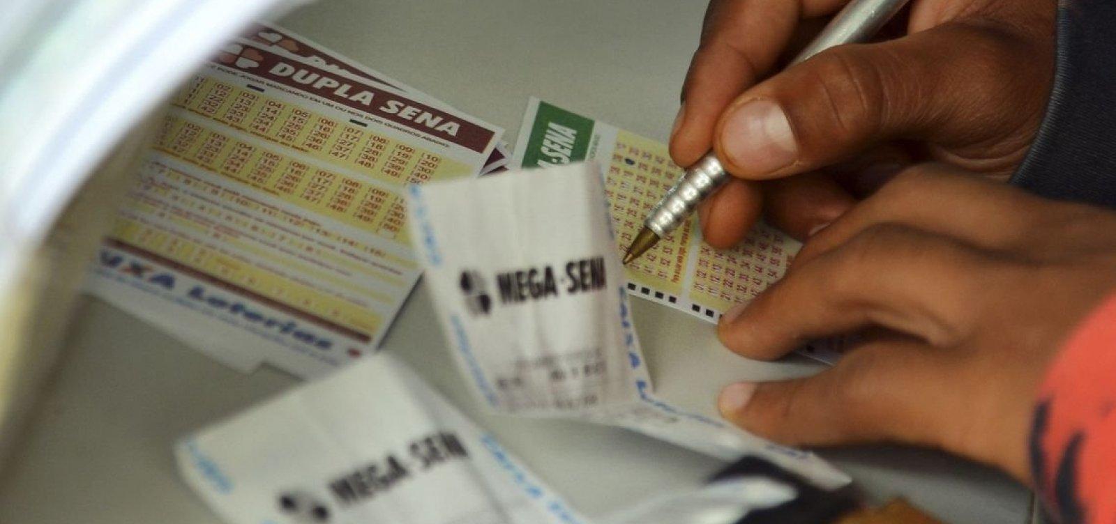 [Mega-Sena acumula e pode pagar R$ 43,5 milhões no próximo sorteio]