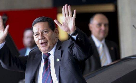 ['Metade não volta para Cuba', diz Mourão sobre médicos cubanos]