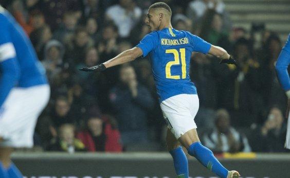 [Em jogo duro, Brasil bate Camarões por 1 a 0; Neymar sai machucado]