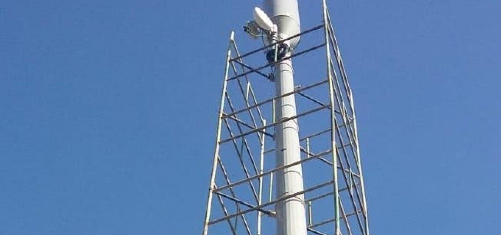 [Prefeitura determina que torre clandestina da Tim seja removida até sexta]