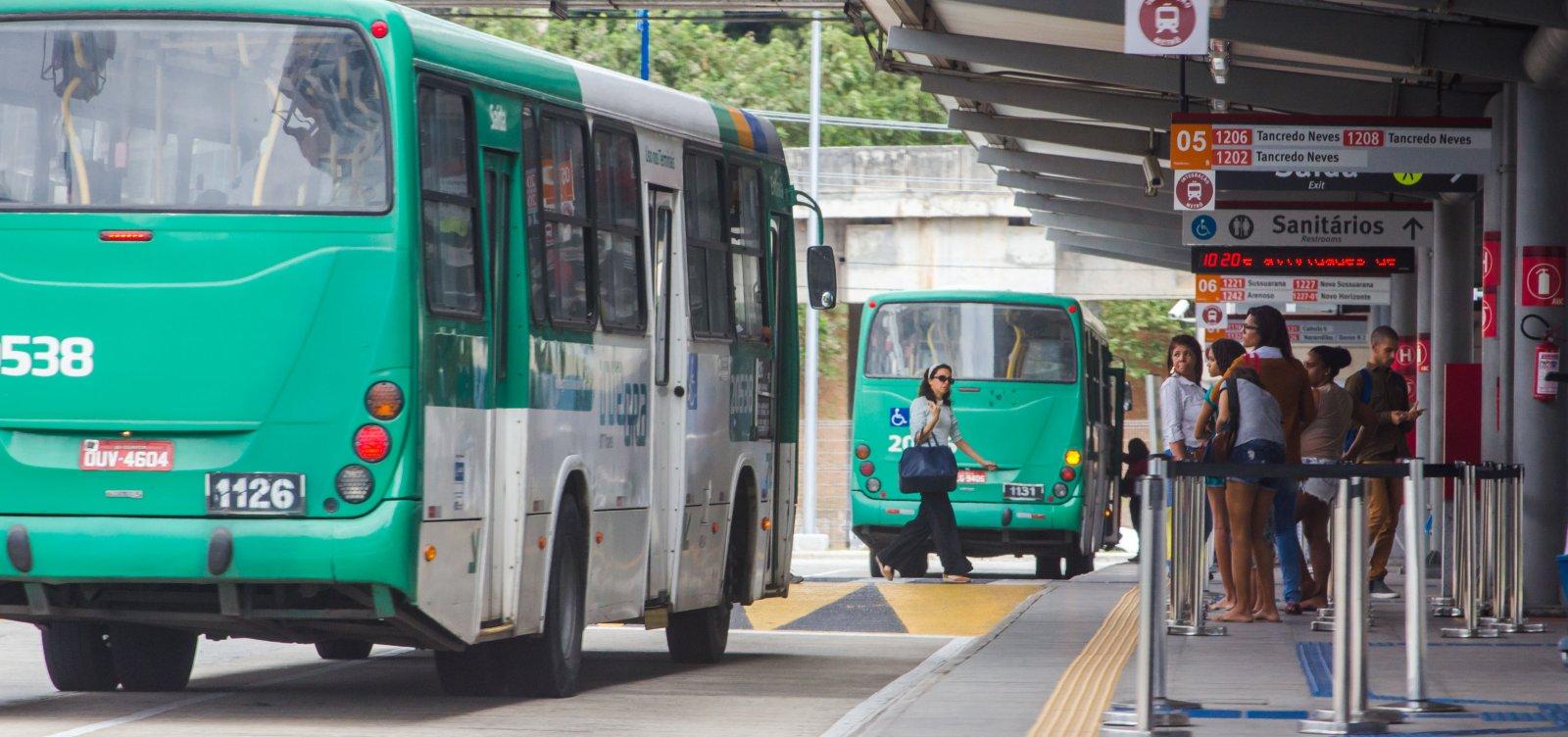 [Dauster cobra corte de linhas de ônibus para reduzir tarifa; Mota rebate]