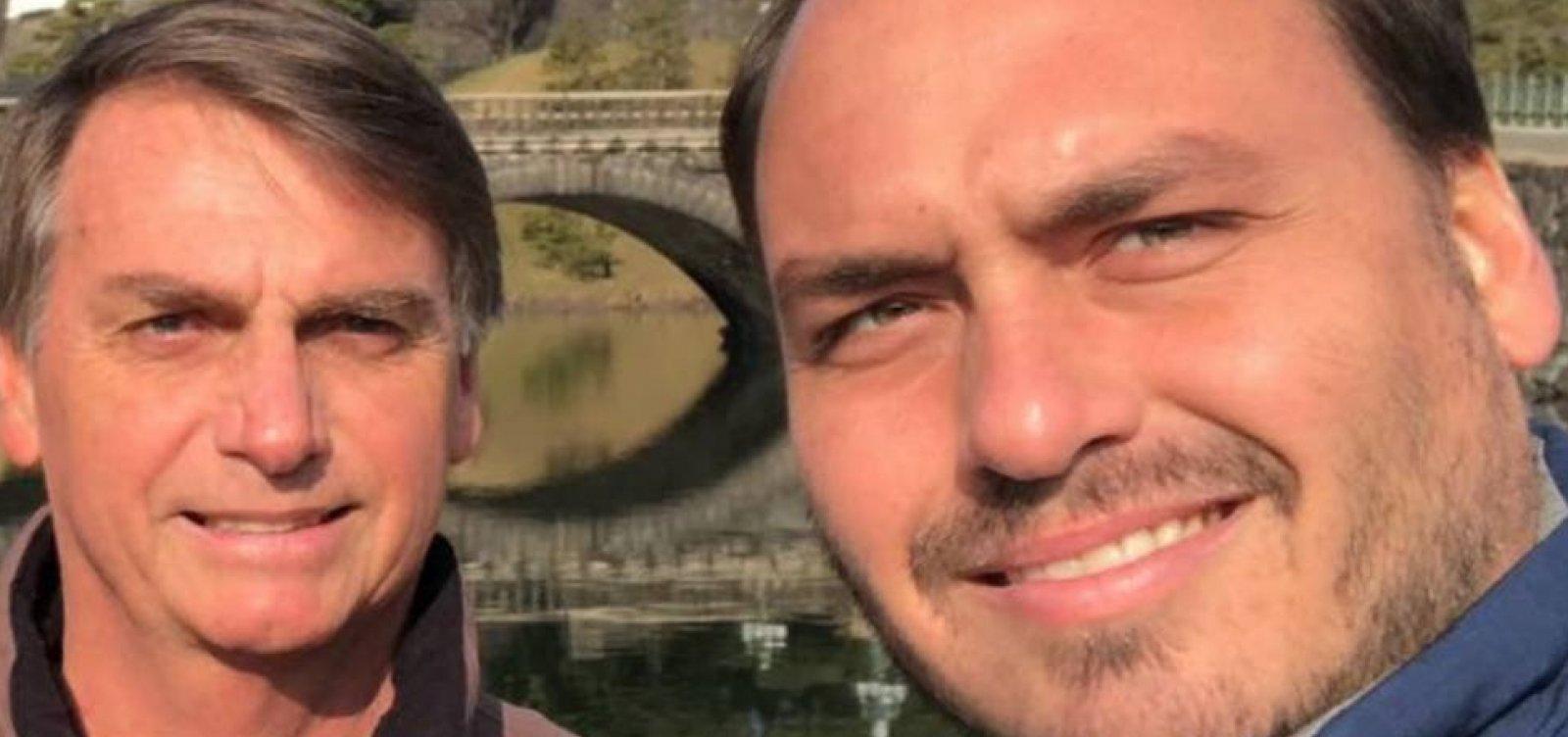 [Bolsonaro estuda nomear filho como ministro da Comunicação: 'Fera nas mídias sociais']