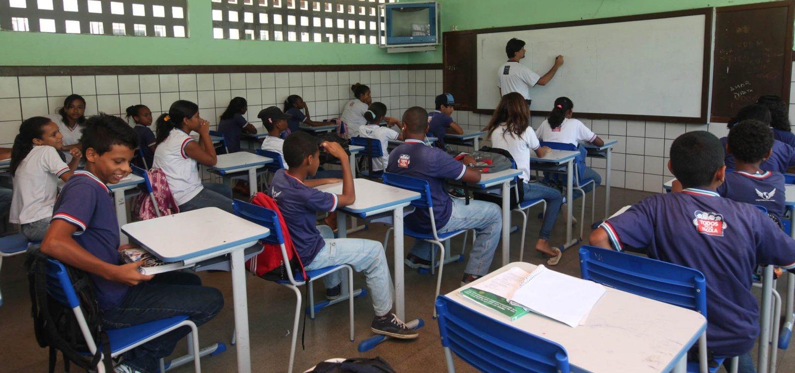 [Governador recua após decisão de fechar escolas na Bahia]