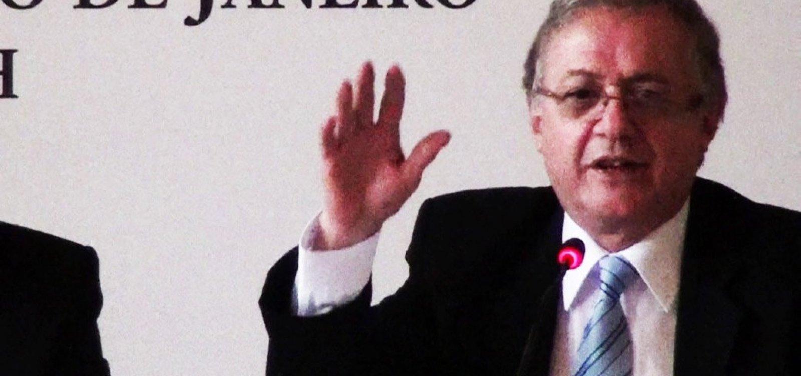 [Ministro da Educação de Bolsonaro defende conselhos de ética nas escolas]