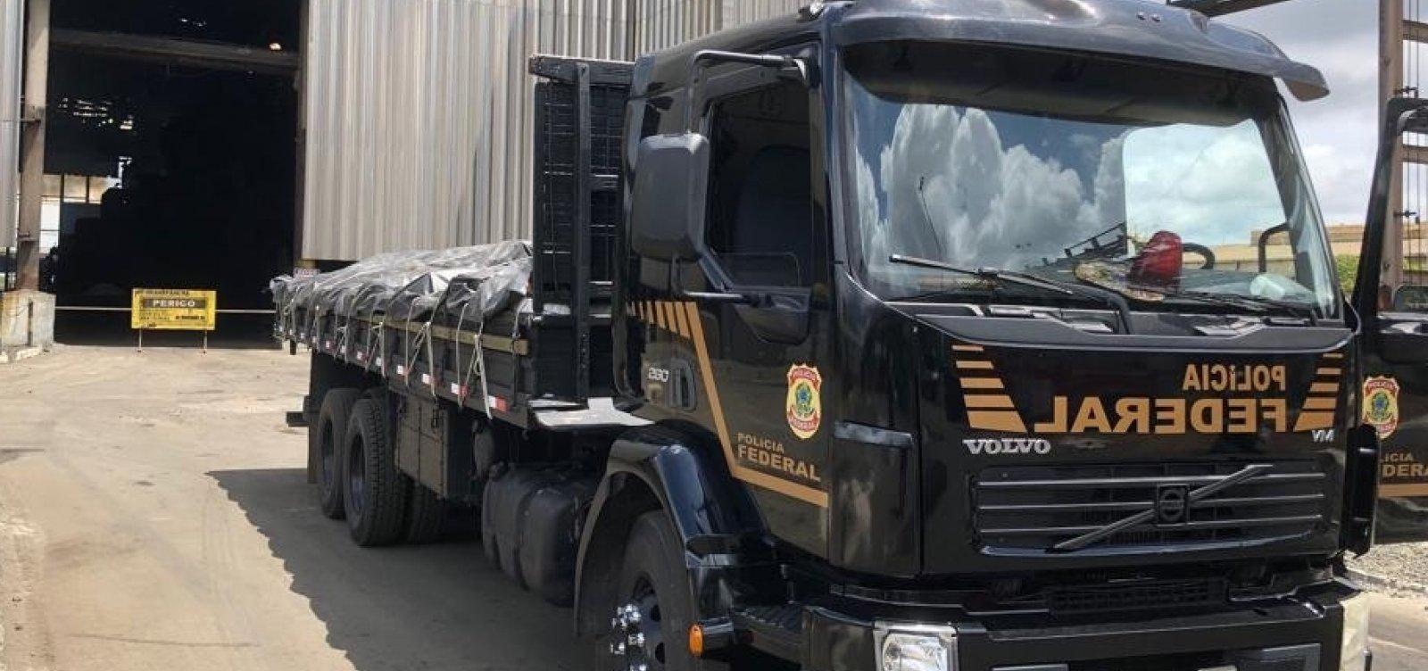 [PF incinera quase 2,5 toneladas de drogas em Salvador]