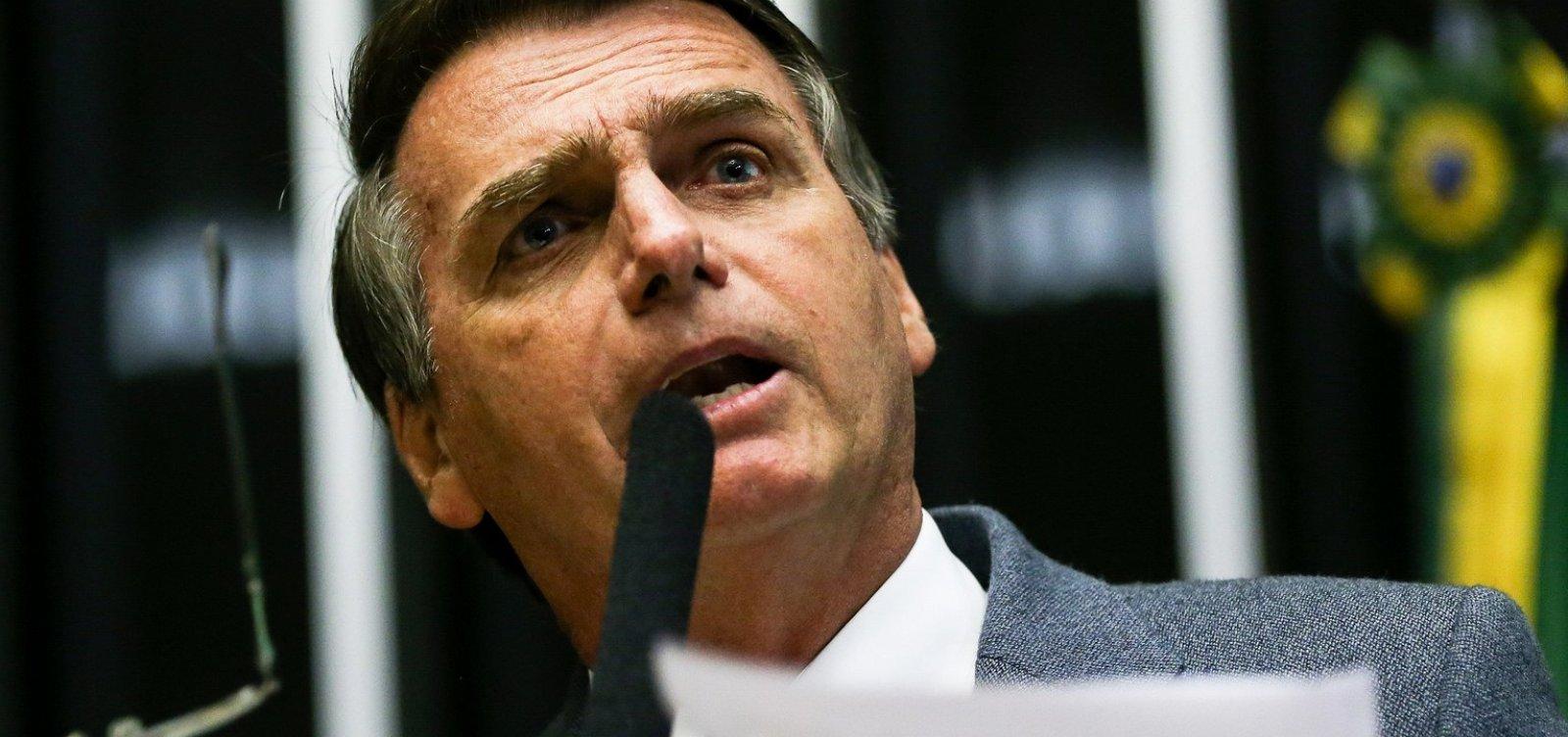 [Bolsonaro descarta Revalida para médicos formados no Brasil]