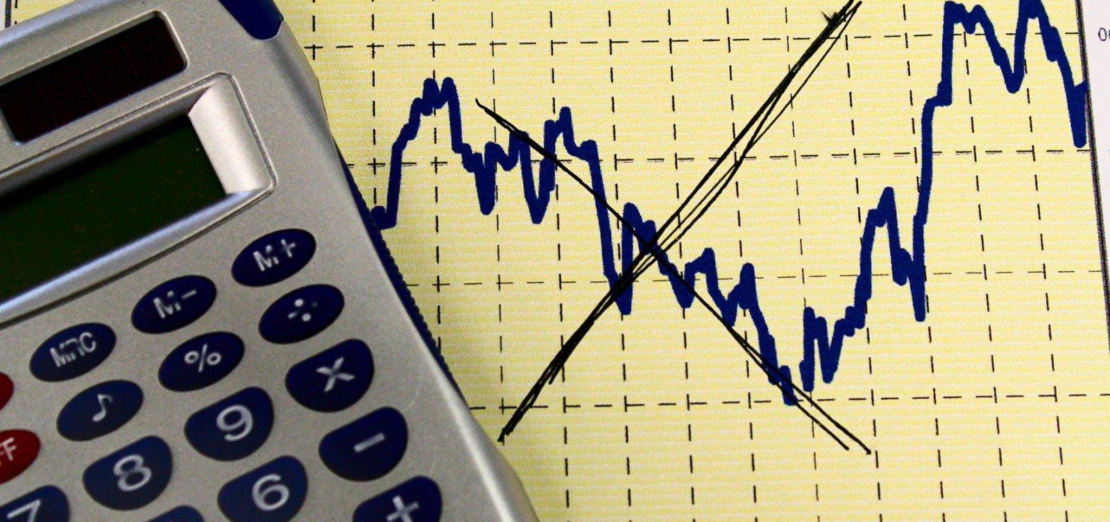 [Projeção para a inflação deste ano cai de 4,13% para 3,94%]