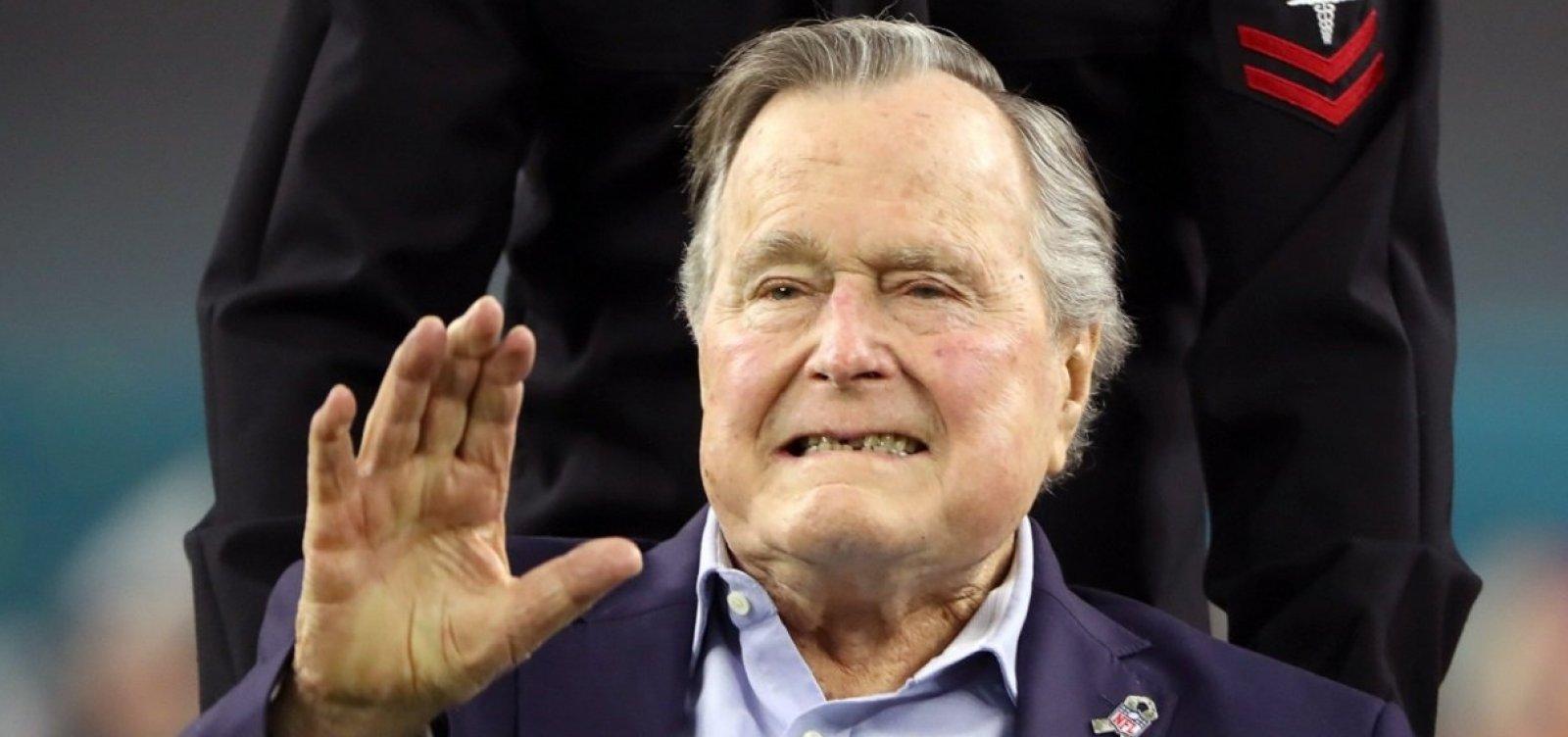 [Morre ex-presidente dos EUA George H. W. Bush, aos 94 anos]