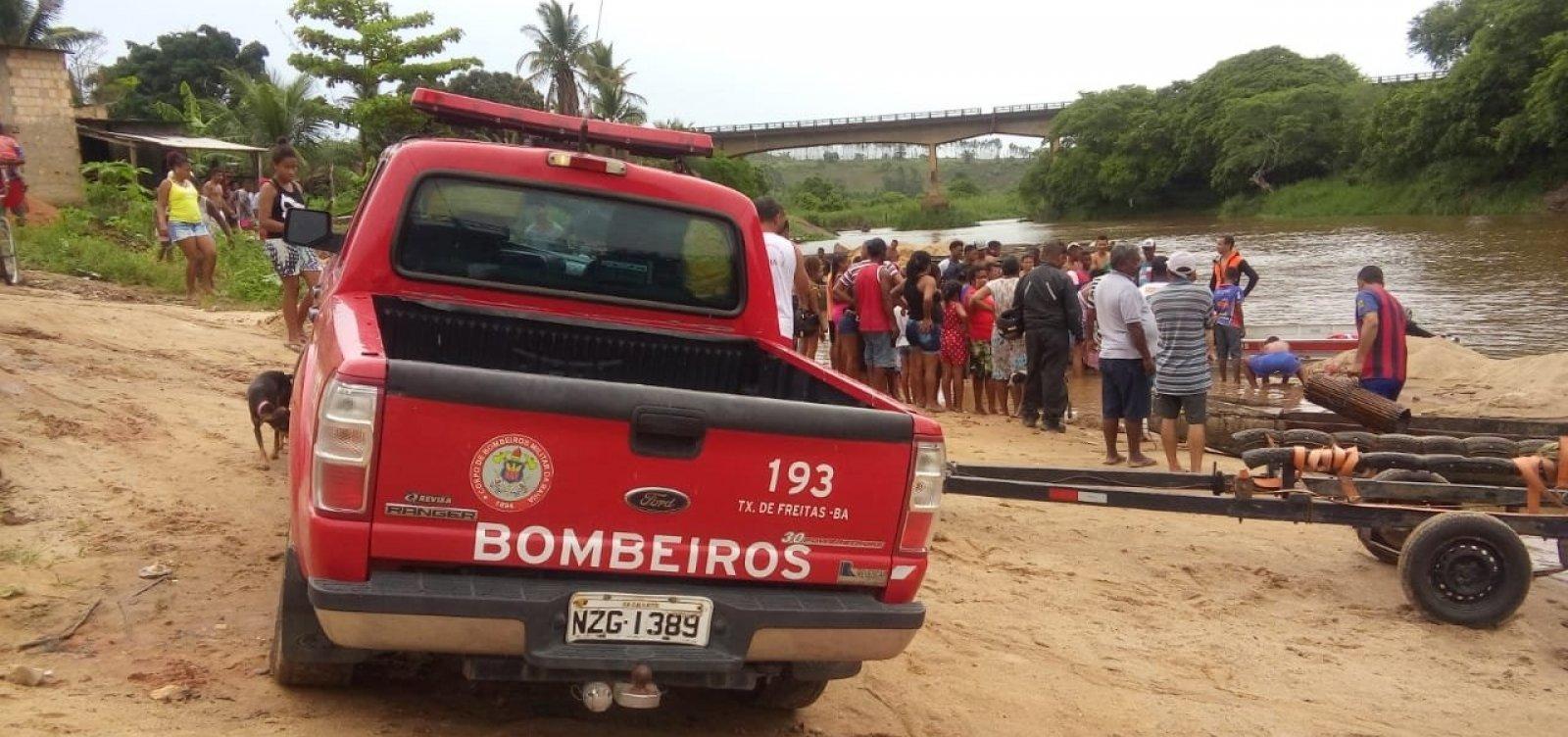 [Bombeiros resgatam corpo de homem que desapareceu em Itamaraju]
