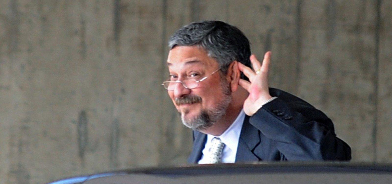 [Lava Jato cobra US$ 20 mi de Palocci 'sob pena' de voltar para a prisão]