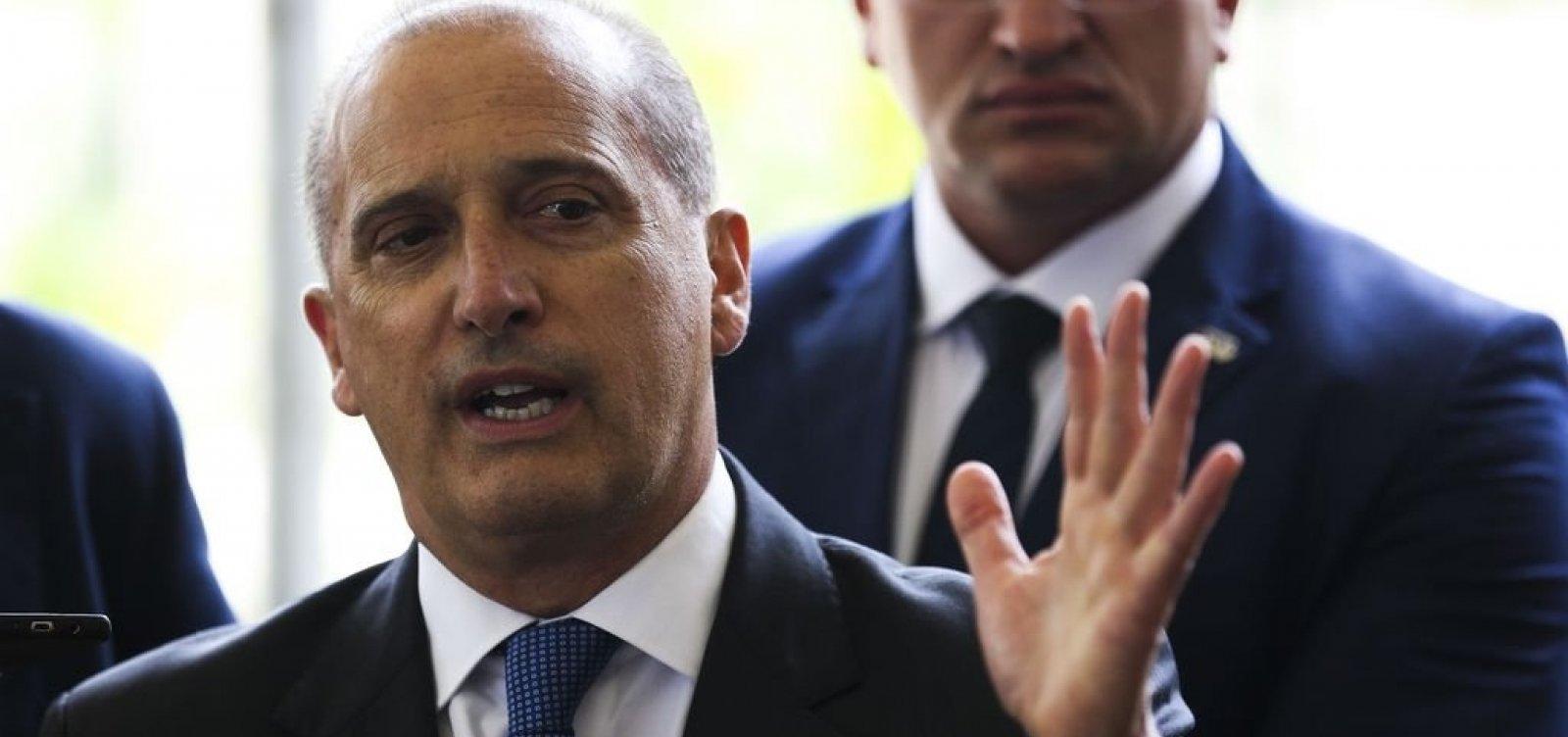 [Bolsonaro definiu que futuro governo terá 22 ministérios, anuncia Onyx]