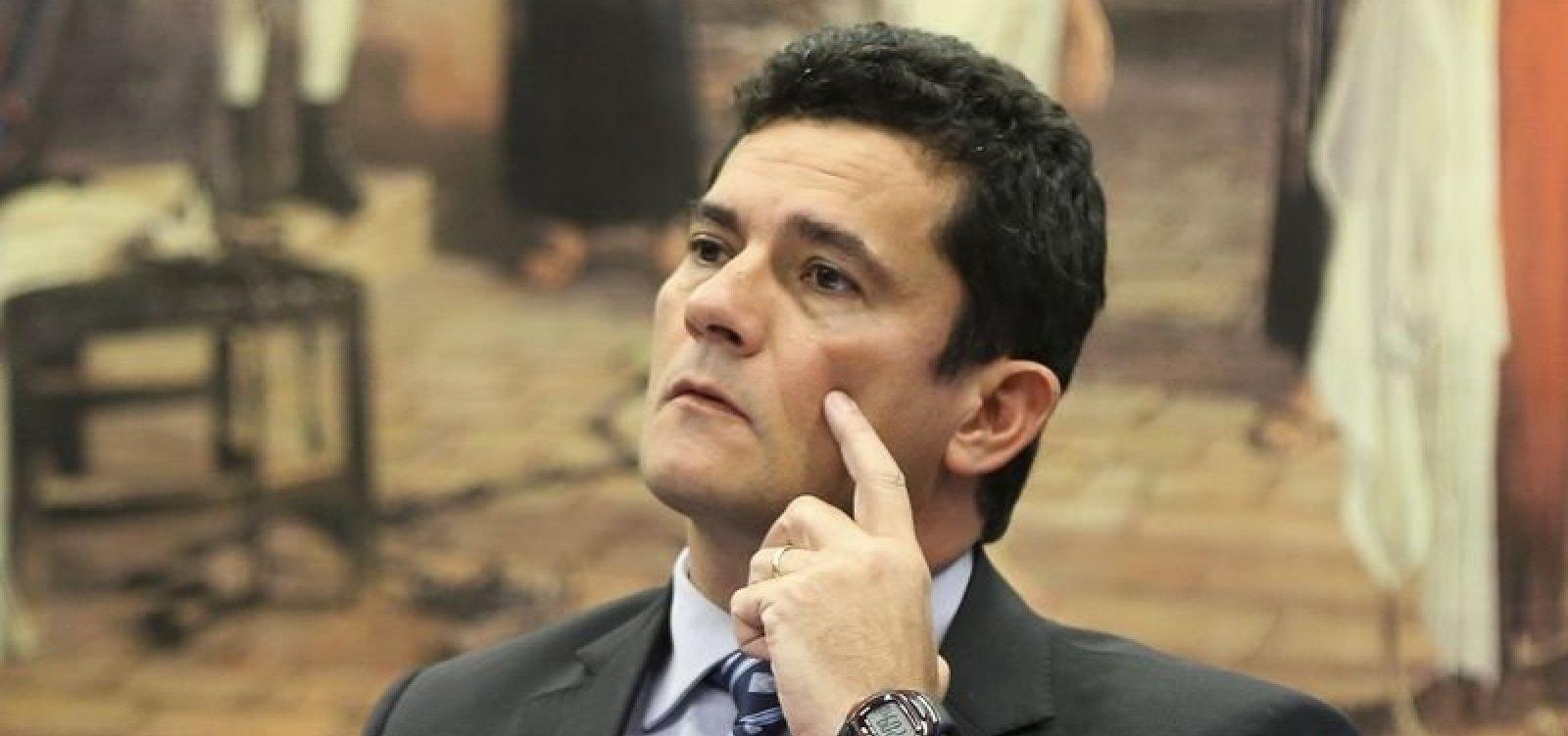['Não vislumbro risco de autoritarismo', diz Moro sobre governo de Bolsonaro]