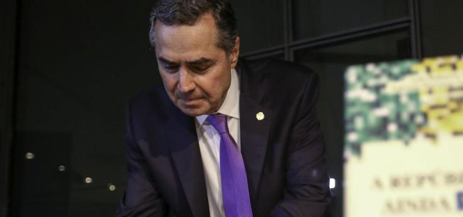 [Ministro do STF classifica Escola Sem Partido como 'assombração errada']