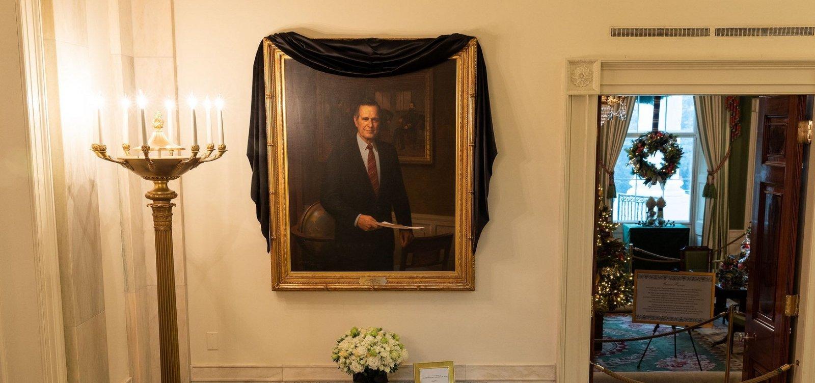 [Corpo de George H.W. Bush será sepultado no Texas]