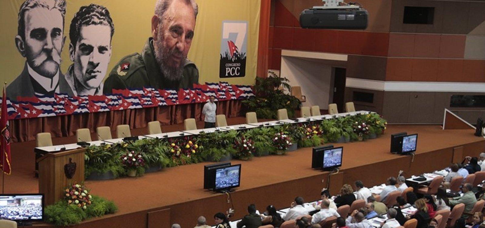 [Cuba permitirá acesso completo à internet via celular pela primeira vez]