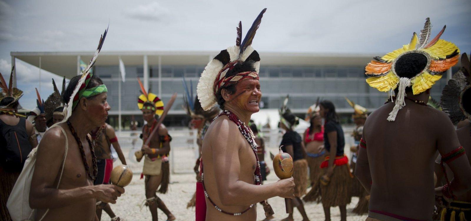 [Indígenas pedem reunião com equipe de Bolsonaro em defesa da Funai]