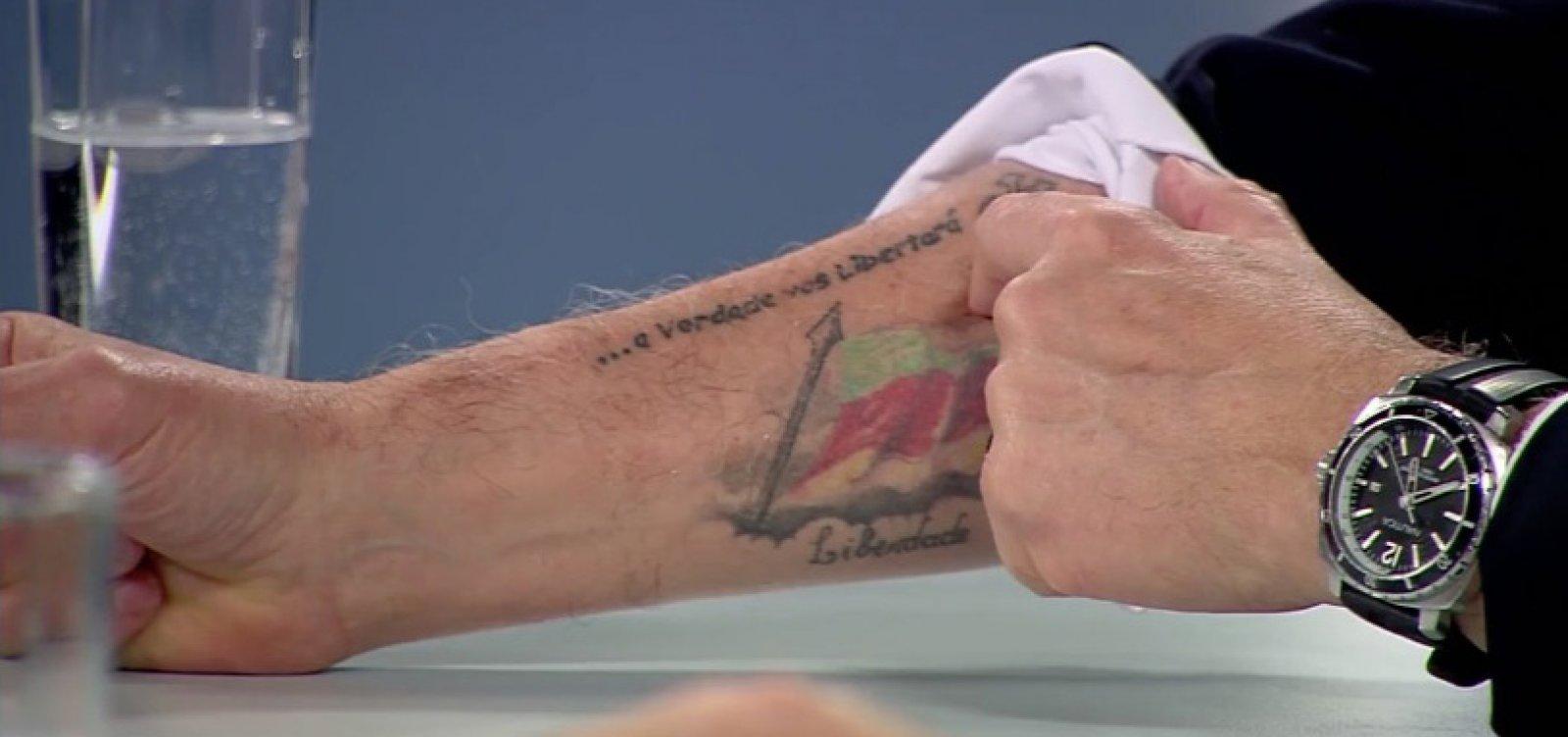 [Ministro de Bolsonaro revela tatuagem para 'lembrar erro' do caixa 2]