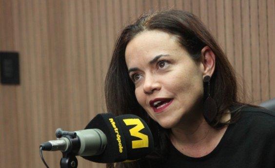 [Vânia Abreu se apresenta no Café Teatro Rubi em janeiro]