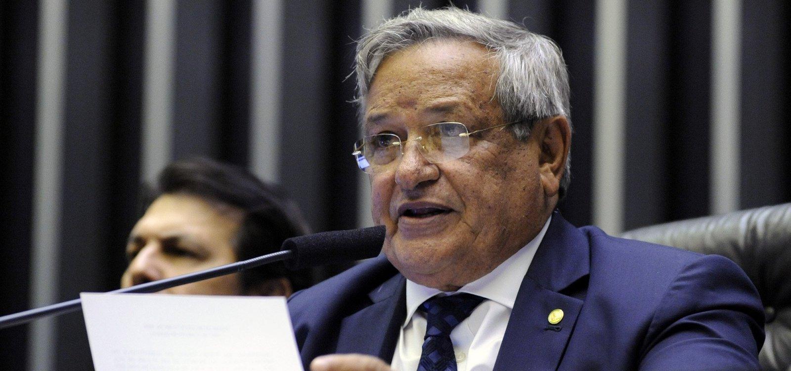 [Benito Gama nega irregularidades e diz que não foi alvo da Polícia Federal]
