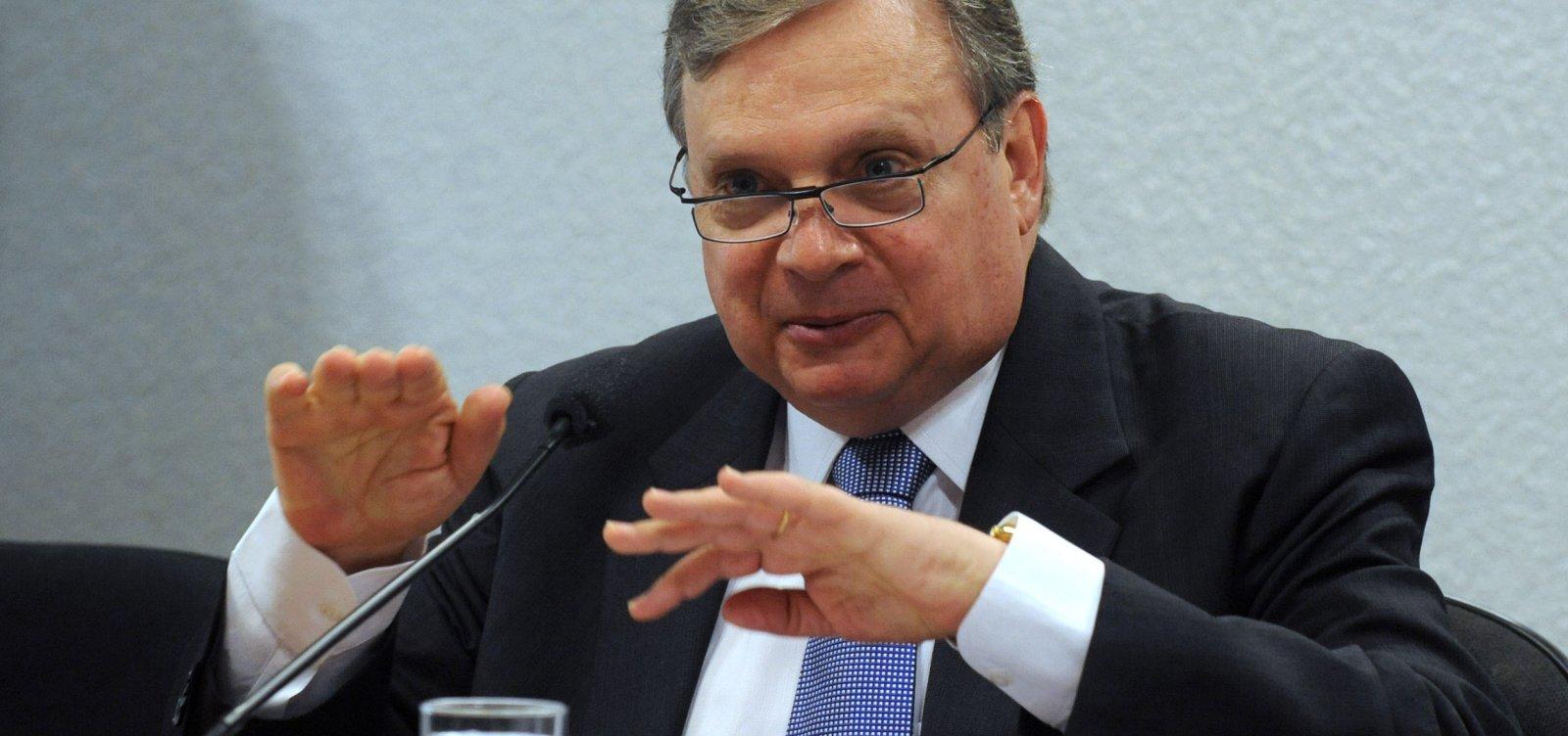 ['Aécio já prejudicou muito o partido', diz ex-presidente do PSDB]