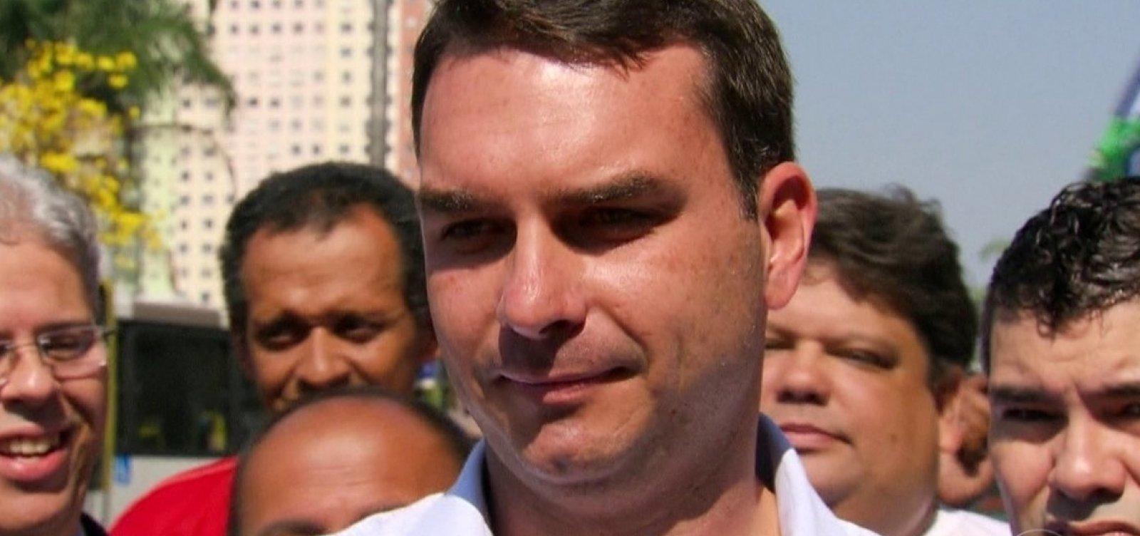 [Depósitos em conta de motorista de Bolsonaro coincidem com pagamentos na Alerj]