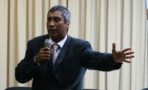 [Condenado por assédio sexual, Almiro Sena ainda recebe salário de promotor]
