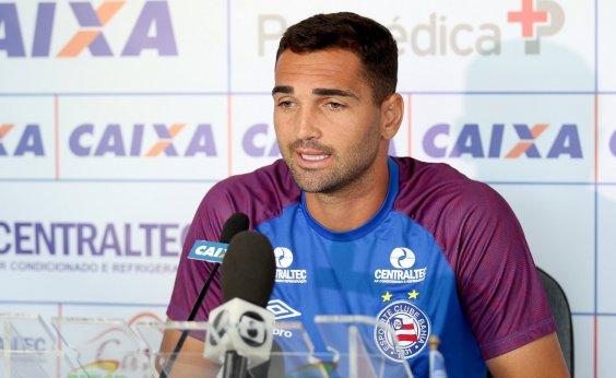 [Gilberto assina contrato com o Bahia até final de 2020]