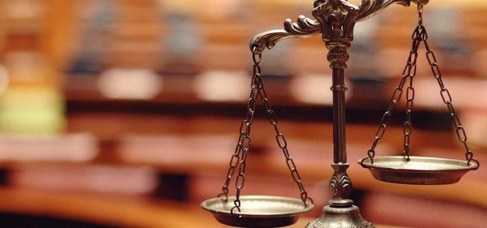 [MEC autoriza mais 19 cursos de Direito, com 2.880 novas vagas]