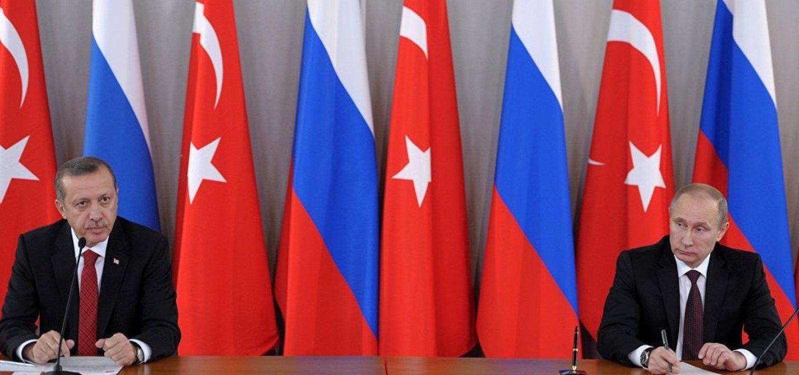 [Após saída dos EUA, Rússia e Turquia acertam coordenação na Síria]