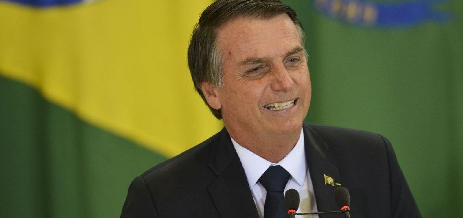 [Governo Bolsonaro passa a permitir erros e propagandas em livros didáticos]