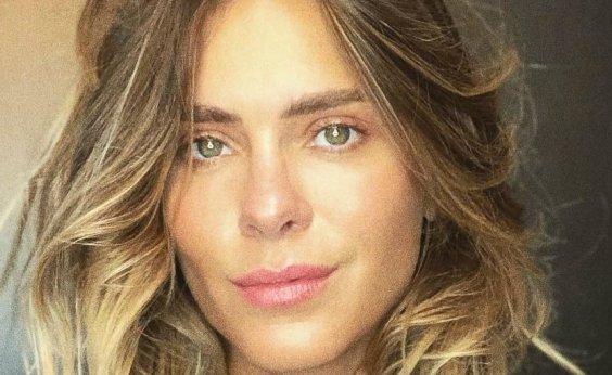 [Carolina Dieckmann diz que manda nudes para o marido: 'Às vezes? Não, amor, sempre']