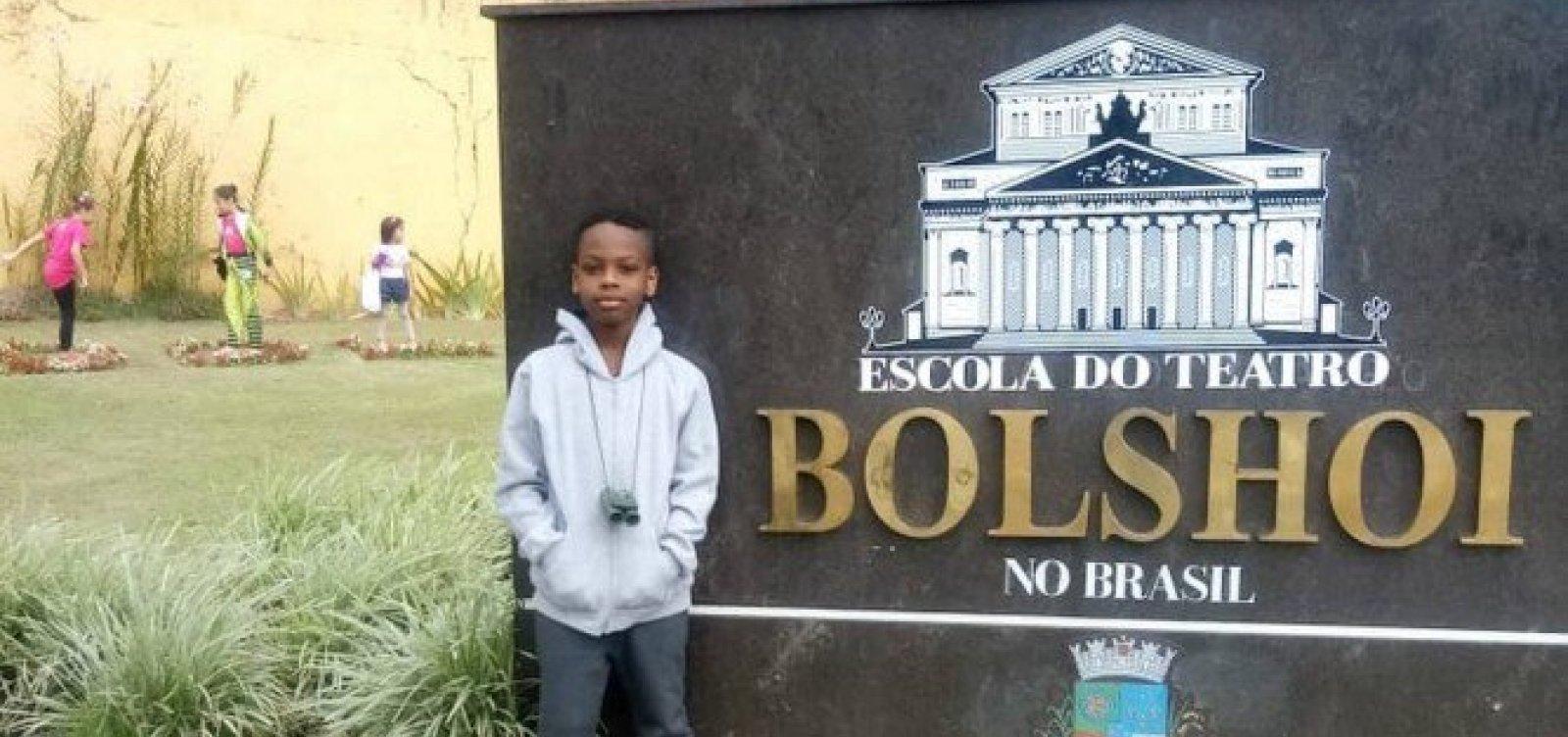 [Menino baiano de 9 anos vai estudar balé no Bolshoi graças a vaquinha online]