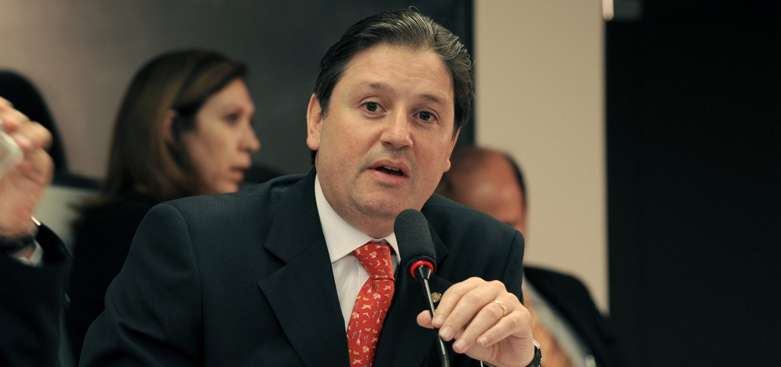 [MPF pede condenação de Rocha Loures, ex-assessor de Temer, em caso da mala com R$ 500 mil]