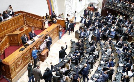 [Parlamento da Venzuela declara Maduro 'usurpador' do cargo de presidente]