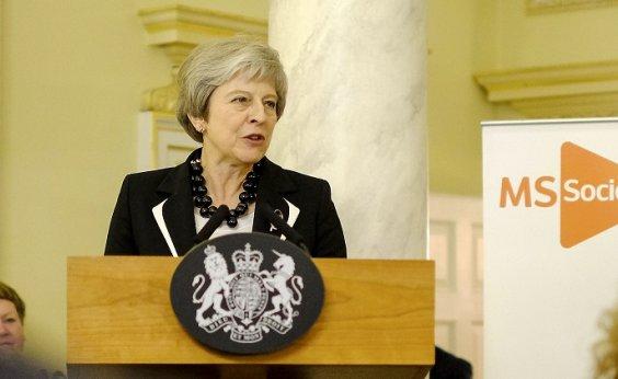 [Após rejeição do Brexit, Theresa May enfrenta votação de moção de desconfiança]