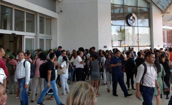 [Mundo Plaza é evacuado após alarme de incêndio]