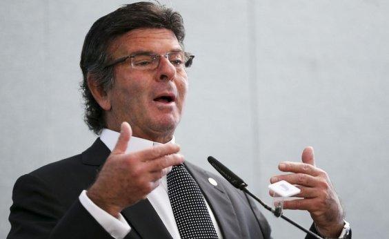 [Fux diz que, se não tomasse decisão sobre Flávio Bolsonaro, provas poderiam ser anuladas]