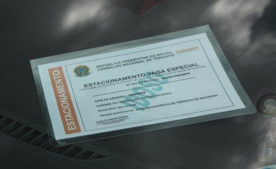 [Posto da Transalvador emite credenciais gratuitas para vagas especiais]